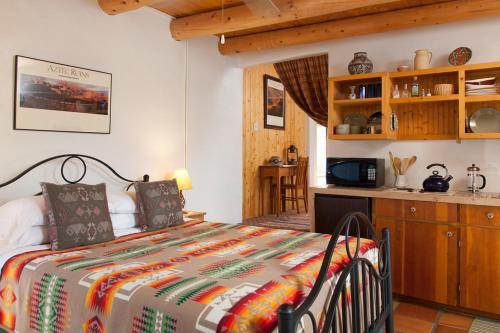 Фото отеля Casa Escondida Bed & Breakfast