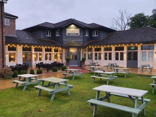 . Cuttle Bridge Inn Hotel - NEC / Birmingham Airport