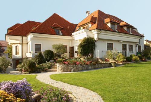 . Landhaus Luka