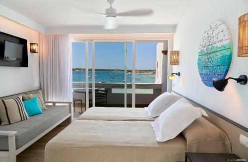 . Apartamentos Sabina Playa