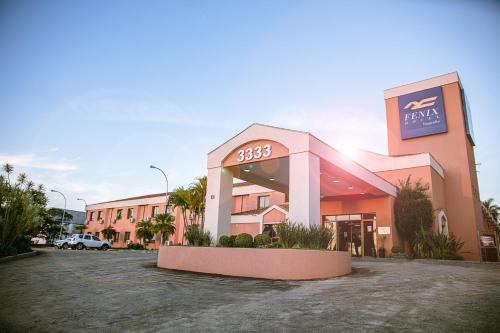 . Fênix Hotel Varginha