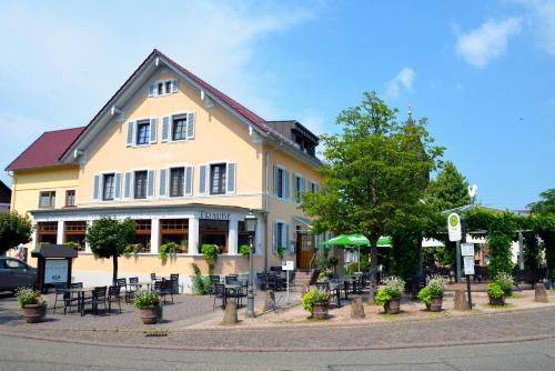 Gasthof zur Traube - Accommodation - Bühl