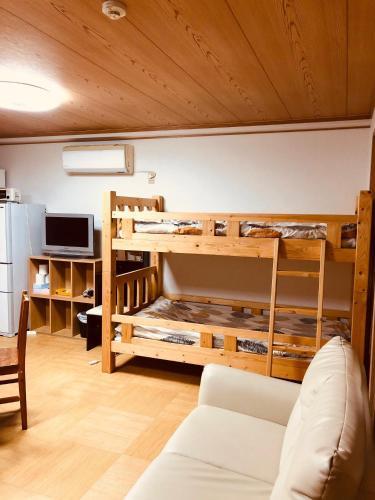 Ichijyo IVY 5 persons room