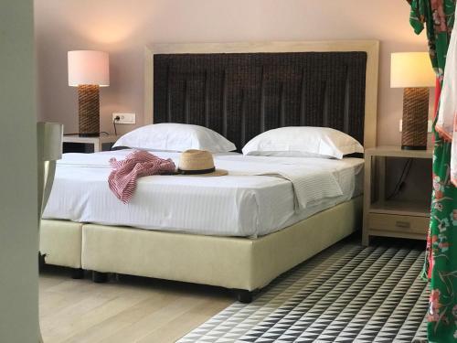 . Vranas Ambiance Hotel