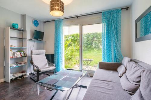 Cozy 1-bedroom w garden 15 min from downtown Vannes Welkeys - Location saisonnière - Vannes