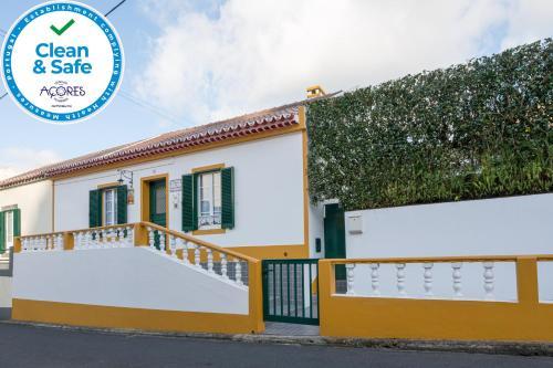 Casa Da Agua Quente - Al - Photo 1 of 40