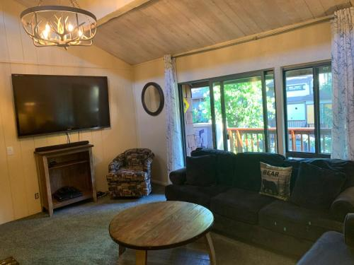 Two-Bedroom Premier Townhouse Unit #41 by Snow Summit Townhouses - Big Bear Lake