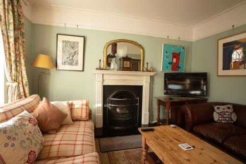 The Artists Cottage - Photo 6 of 40