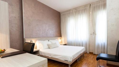 Hotel Lis - Asti