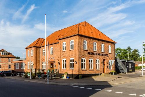 . Ansager Hotel og Hytteby