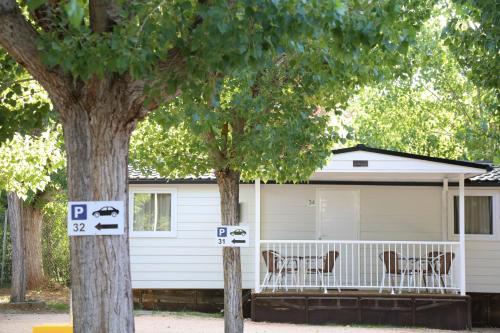 . Bungalows y Mobil Homes Camping Regio