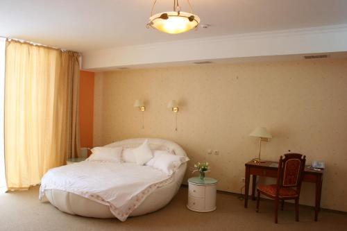 Premier Hotel Shafran, Sums'ka