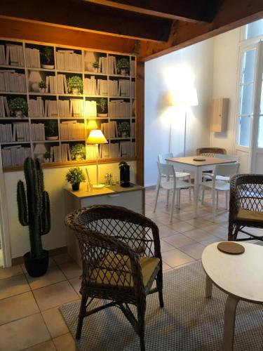 Centre historique Vieille Intendance - Location saisonnière - Montpellier
