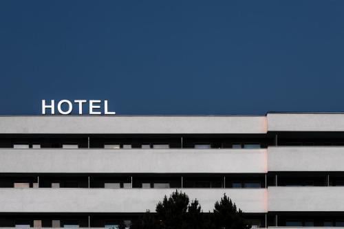 . Hotel Slezan
