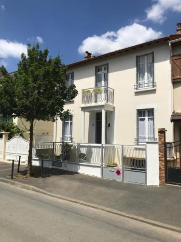 Maison Bernadette - Premier Etage - Location saisonnière - Vitry-sur-Seine