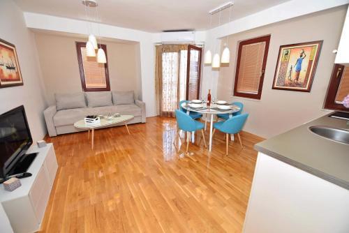 . Apartments Kuzmanoski