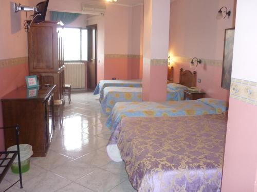 Hotel Caribe rum bilder