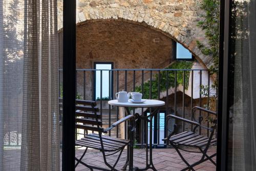 Habitación Doble con balcón  El Far Hotel Restaurant 5