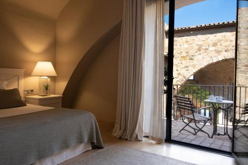 Habitación Doble con balcón  El Far Hotel Restaurant 3