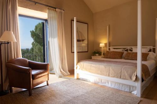 Habitación Doble con balcón  El Far Hotel Restaurant 1