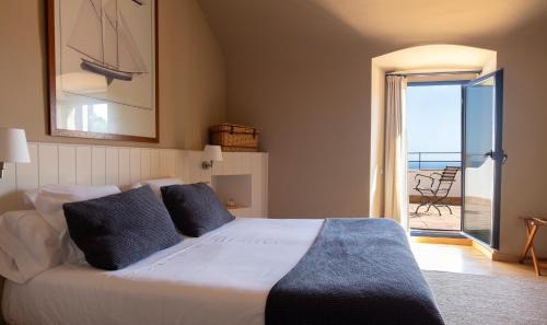 Habitación Doble con terraza y vistas al mar  El Far Hotel Restaurant 1