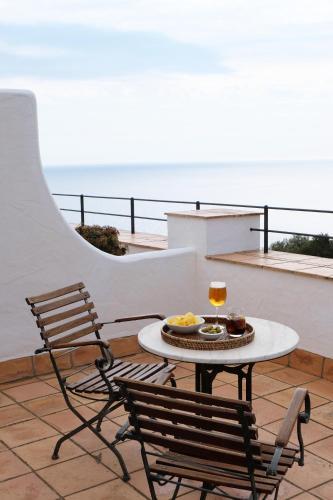 Habitación Doble con terraza y vistas al mar  El Far Hotel Restaurant 6