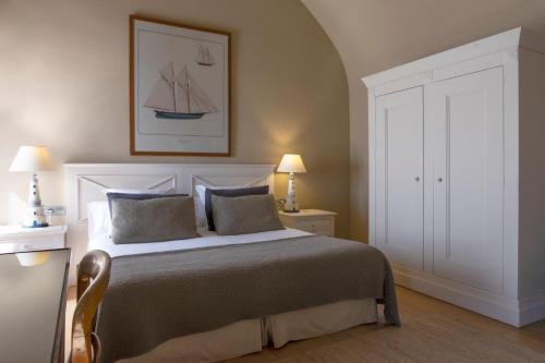 Habitación Doble con terraza y vistas al mar  El Far Hotel Restaurant 5