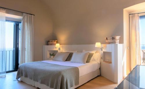 Habitación Doble con terraza y vistas al mar  El Far Hotel Restaurant 2