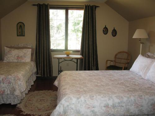 Country Comfort Bed And Breakfast - Photo 3 of 43
