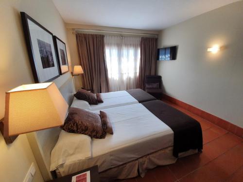 Habitación (1 o 2 adultos) - 1 o 2 camas Hotel San Antonio el Real 23
