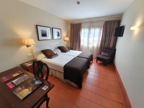 Habitación (1 o 2 adultos) - 1 o 2 camas Hotel San Antonio el Real 24