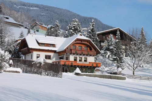 Фото отеля Haralds Ferienwohnungen