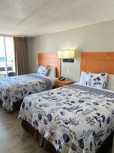. Oceanview Inn - Emerald Isle