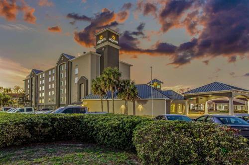 . La Quinta Inn & Suites by Wyndham Panama City