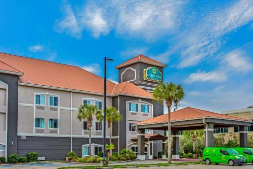 Pet Friendly Hotels In Biloxi Biloxi Ms From 46 Book Now