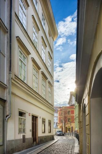 Michalska Old Town Apartment