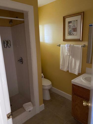 Sea Breeze Inn - Pacific Grove - Pacific Grove, CA CA 93950
