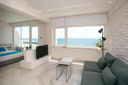 Les Palmiers Sunorama Beach Apartments - Photo 7 of 17