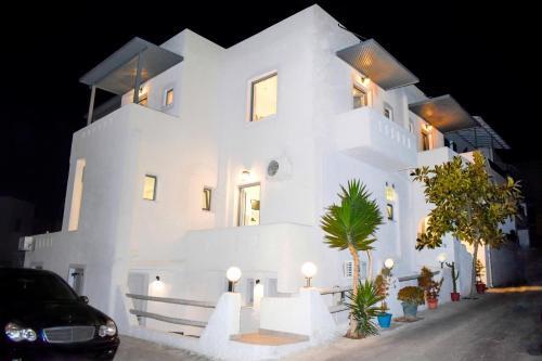 . Naxos Enjoy Apartments
