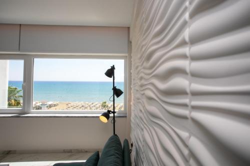 Les Palmiers Sunorama Beach Apartments - Photo 2 of 17