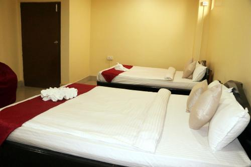 Hotel R.R, Koshi