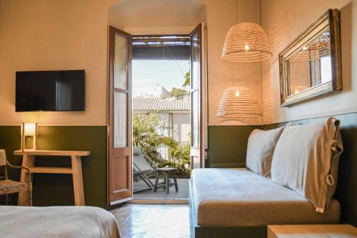 Superior Double or Twin Room with Terrace Hotel Aiguaclara 3