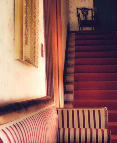 Queen Anne Inn - Bed And Breakfast - Annapolis Royal, NS B0S 1A0