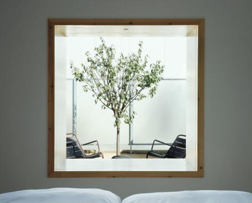Zimmer Cube mit eigenem Patio und Badewanne im Freien Hotel Aire de Bardenas 1