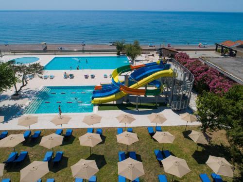 . Pearl Beach Hotel & Resort