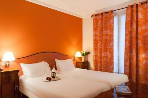 Hotel Eden Montmartre Улучшенный двухместный номер с 2 отдельными кроватями