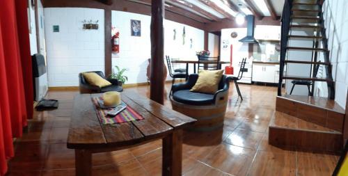 Duplex- Quincho Pascual.