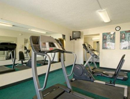 Days Inn By Wyndham Paducah - Paducah, KY 42001