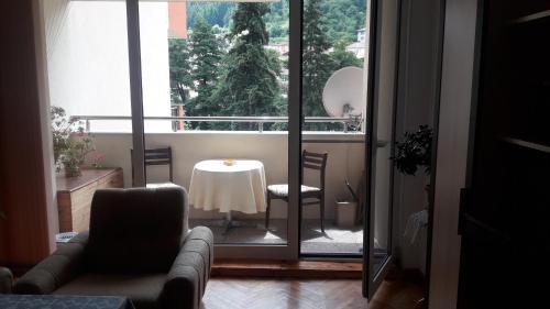Dafni Apartment
