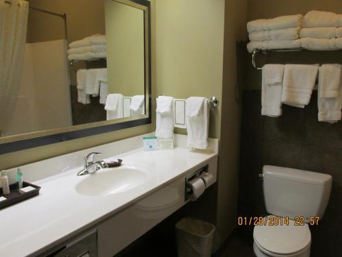 Foto - Parkwood Inn & Suites
